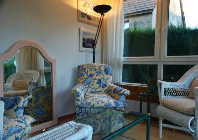 Salón acristalado: lectura, salón de té, lectura...